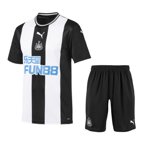 Newcastle United 19/20 Home Soccer Kits (Shirt + Shorts)